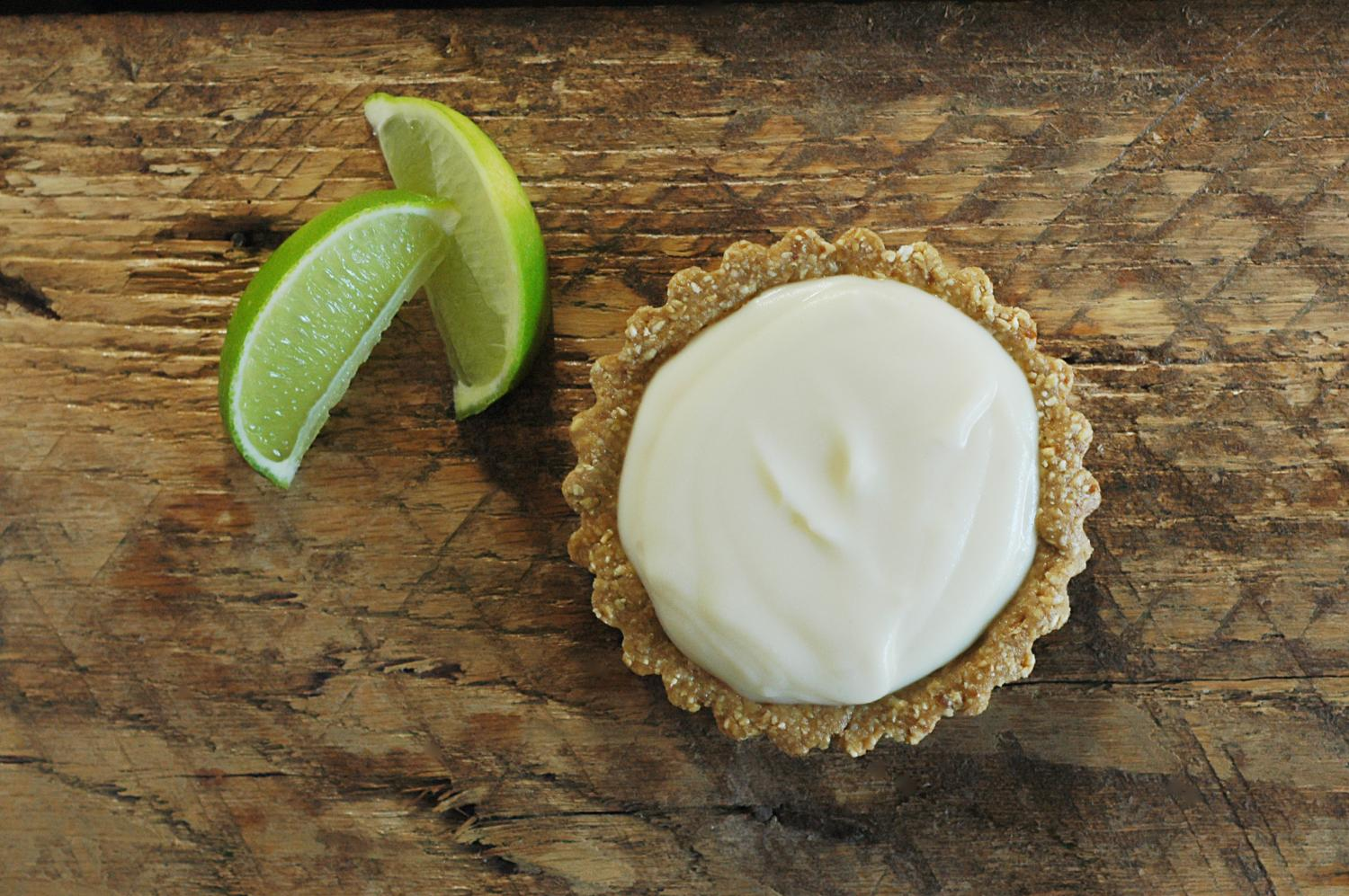 Raw Nut Free Lime Tart {Raw, Organic & Gluten Free Ingredients: Fresh Squeezed Lime Juice, Certified Gluten Free Oat Groats, Coconut Butter, Honey or Coconut Nectar, Dates and Sea Salt}
